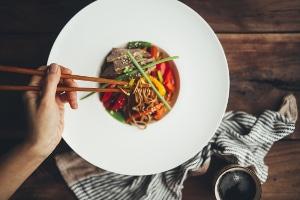 Mahsan-Diagnostika können falsch positive Ergebnisse liefern, wenn bestimmte Stoffe durch Nahrungsaufnahme in den Körper gelangen.