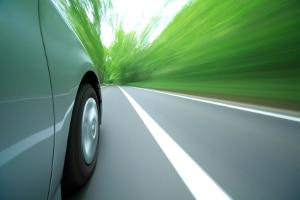 Die mobile Geschwindigkeitsmessung mit dem Multanova 6F Digitial kann ankommenden wie abgehenden Verkehr erfassen.