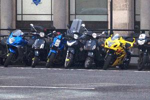 Für Mopeds brauch man bereits einen Führerschein der Klasse AM