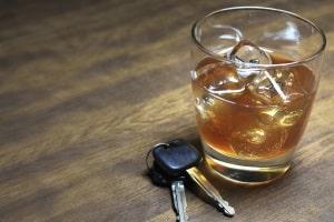 Wollen Sie nach der Nachschulung den Führerschein behalten, soll Alkohol nur in Maßen getrunken werden