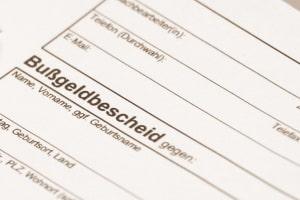 Bei Ordnungswidrigkeiten verschickt die Bußgeldstelle in Chemnitz einen Bußgeldbescheid.