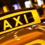 Der Personenbeförderungsschein ist für Taxifahrer Plficht.