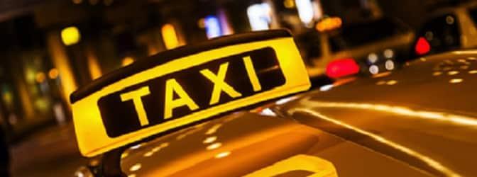 Der Personenbeförderungsschein ist für Taxifahrer Pflicht.