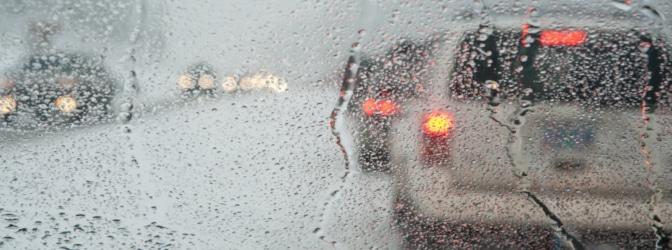 Welche Maßnahmen am Auto sind notwendig, wenn mich ein plötzlicher Wintereinbruch überrascht?