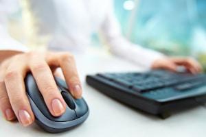 Das Online-Portal der Bußgeldstelle in Berlin bietet die Möglichkeit, Blitzerfotos einzusehen.