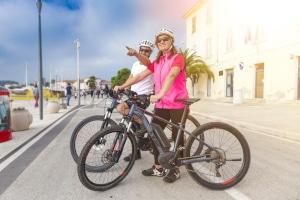 In Italien gilt die Promillegrenze für alle Fahrzeuge, auch fürs Fahrrad.