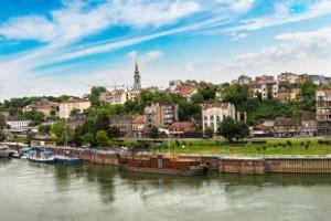 Was passiert, wenn Sie gegen die Promillegrenze in Serbien verstoßen?