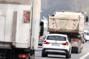 Das Rechtsfahrgebot in der Stadt gilt nicht für Fahrzeuge bis 3,5 t.