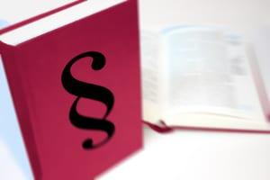 Rechtsmittelbelehrung: Laut ZPO ist unter anderem die Revision ein Rechtsmittel.