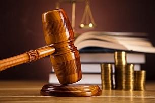 Wenn der Schädiger kein Geld zahlen will: Vor Gericht können Sie Schadensersatz und Schmerzensgeld einklagen.