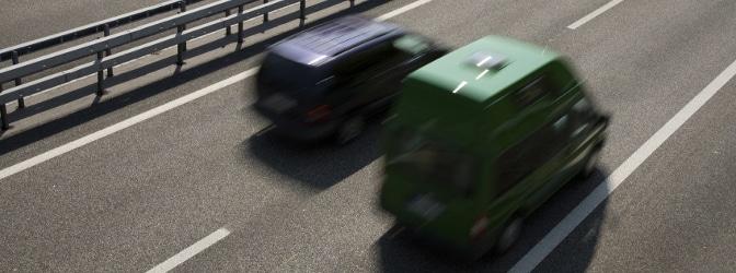 Welche Regeln gelten auf einer Schnellstraße?