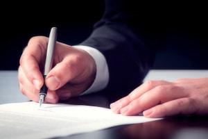 Gemäß § 781 BGB bedarf das abstrakte Schuldanerkenntnis der schriftlichen Form.