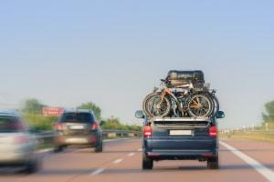 Fahrverbot in Schweden: Eine Geschwindigkeitsüberschreitung kann den Urlaubstraum zum Platzen bringen.