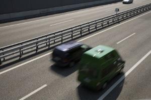 Legt die StVO einen Seitenabstand fest, der beim Überholen anderer Fahrzeuge eingehalten werden muss?
