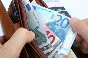 """Das Verwarnungsgeld als """"Strafe"""", wenn kein Parkschein gelöst wurde, beläuft sich auf höchstens 30 Euro."""