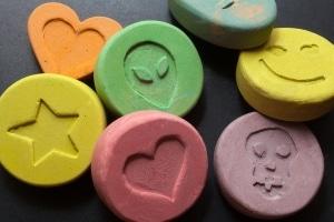 Auch kurzlebige Substanzen können mit einem Speicheltest schnell vor Ort nachgewiesen werden.