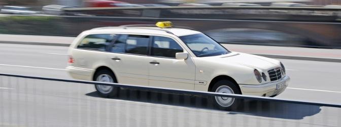 Was tun, wenn es mit dem Taxi zum Unfall kam?