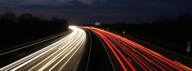 Tempolimit in Österreich: In der Nacht sind zum Teil geringere Geschwindigkeiten vorgeschrieben.