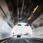 Vielseitiges Messgerät: Dank Infrarottechnik kommt der TraffiStar S 330 auch stationäre in Tunneln zum Einsatz.