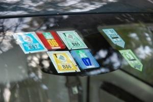 Die Transit-Fahrverbote in Österreich sollen vermeiden, dass Fahrer die Maut umgehen.