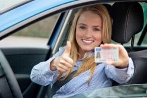 Internationaler Führerschein oder Übersetzung? Ein deutscher Führerschein gilt in allen EU-Staaten.