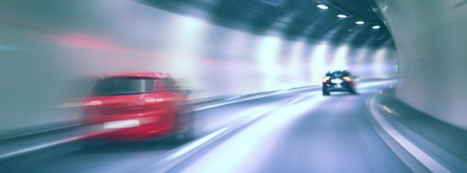 Welches Verhalten ist bei einem Unfall im Tunnel vorgeschrieben?