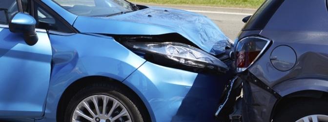 Wer zahlt bei einem Unfall mit dem Firmenwagen?
