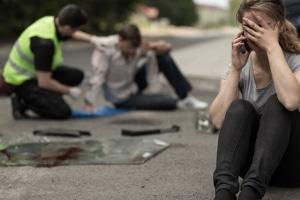 Deckt die Versicherung den Schaden bei einem Unfall ab, der wegen dem Handy entstanden ist?