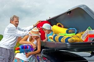 Bevor Sie den Urlaub in Kroatien mit dem Auto beginnen, sollte das Gepäck sicher verstaut werden.