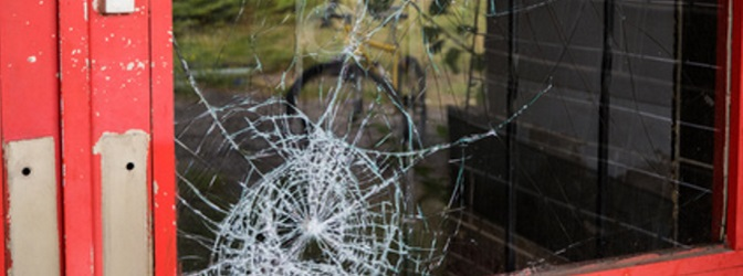 Vandalismus: Zahlt die Versicherung, wenn das Auto beschädigt wurde?
