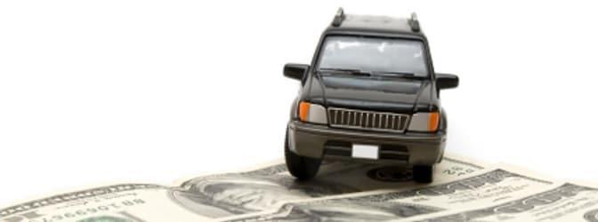 Wer privat sein Fahrzeug verkauft, muss normalerweise eine Veräußerungsanzeige vornehmen.