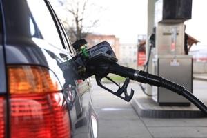 Verbot für Verbrennungsmotoren ab 2030: Die Grünen fordern eine schnelle Abkehr von Dieseln und Benzinern.