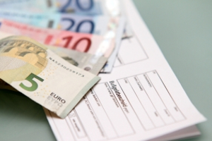 Halten Sie sich nicht an die Verkehrsregeln in Frankreich, kann das Bußgeld sehr hoch ausfallen.