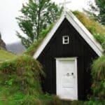 Unterscheiden sich die Verkehrsregel auf Island aufgrund der Beschaffenheit der Straße.