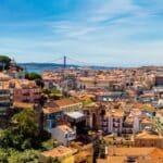 Verstoßen Sie gegen die Verkehrsregeln in Portugal, kann ein hohes Bußgeld drohen.
