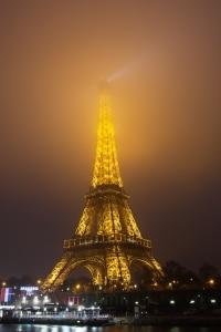 Die Verkehrsvorschriften legen in Frankreich Bestimmungen zur Geschwindigkeit fest.