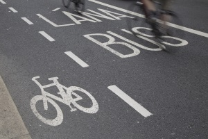 Auch die Verkehrszeichen in Irland sind zu beachten, wenn Sie kein Bußgeld riskieren wollen.