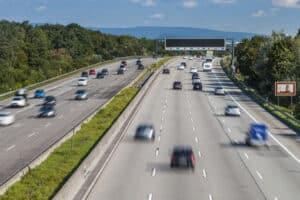 Die Reise von Deutschland nach Kroatien mit dem Auto beginnt auf der Autobahn.