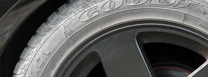Was bedeuten die Buchstaben bei Reifen?