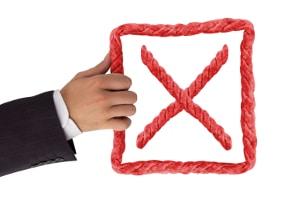 Widerspruch gegen Schadensregulierung: Die Versicherung kann sie verweigern, sollten Sie lügen.