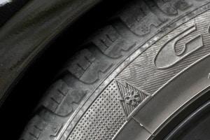 Überprüfen Sie zu Beginn der Winterreifensaison die Kennzeichnung der verwendeten Reifen.