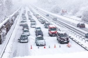 Die Winterreifensaison sollte nicht erst bei Schnee und Eis beginnen.